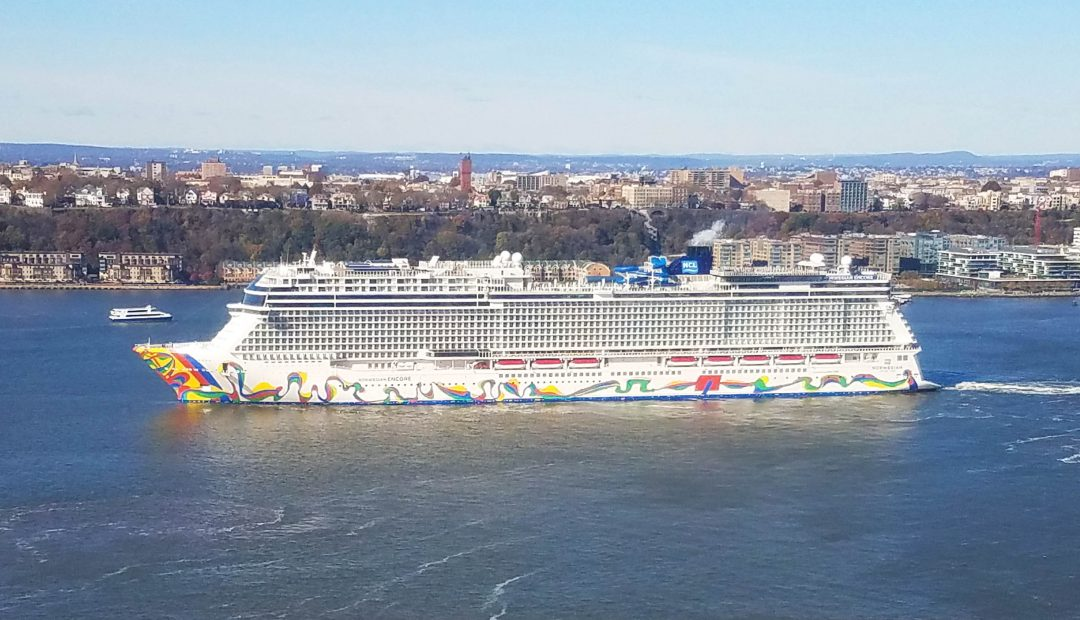 Norwegian Cruise Line to Ditch Single-Use Plastic Bottles