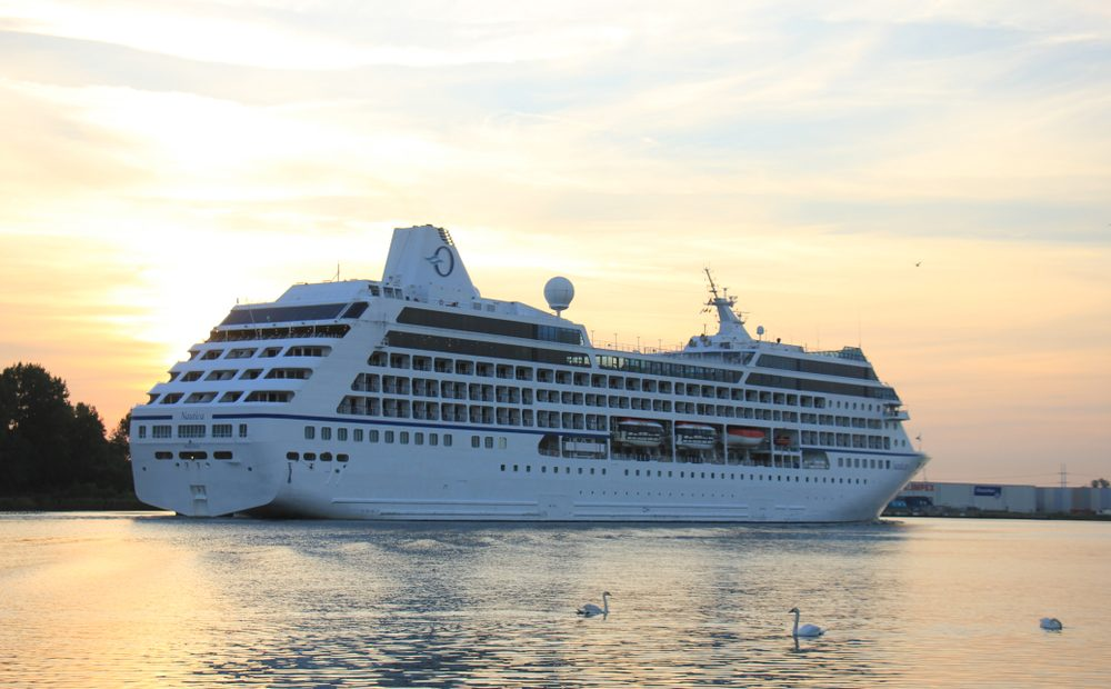 Oceania Cruises Commits to 100% Vaccinated Passengers and Crew