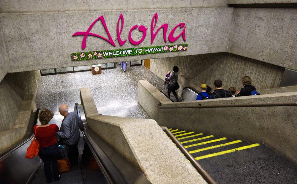 Hawaii Tells Tourists to Stay Away
